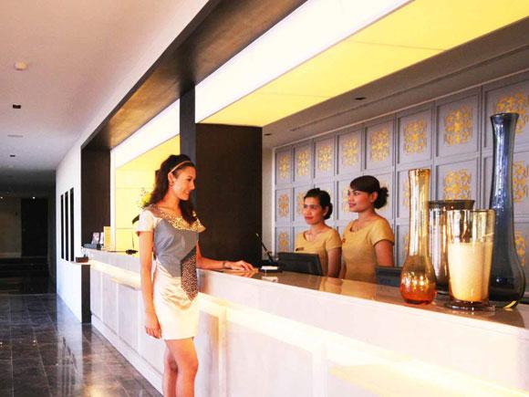 забронировать Отель Sawaddi Patong Resort