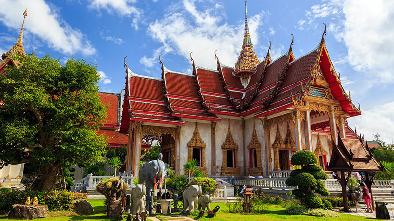 храм Чалонг на Пхукете - фото